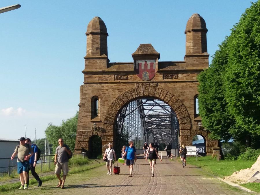 Alte Harburger Elbbrücke: historische bruggen in Hamburg