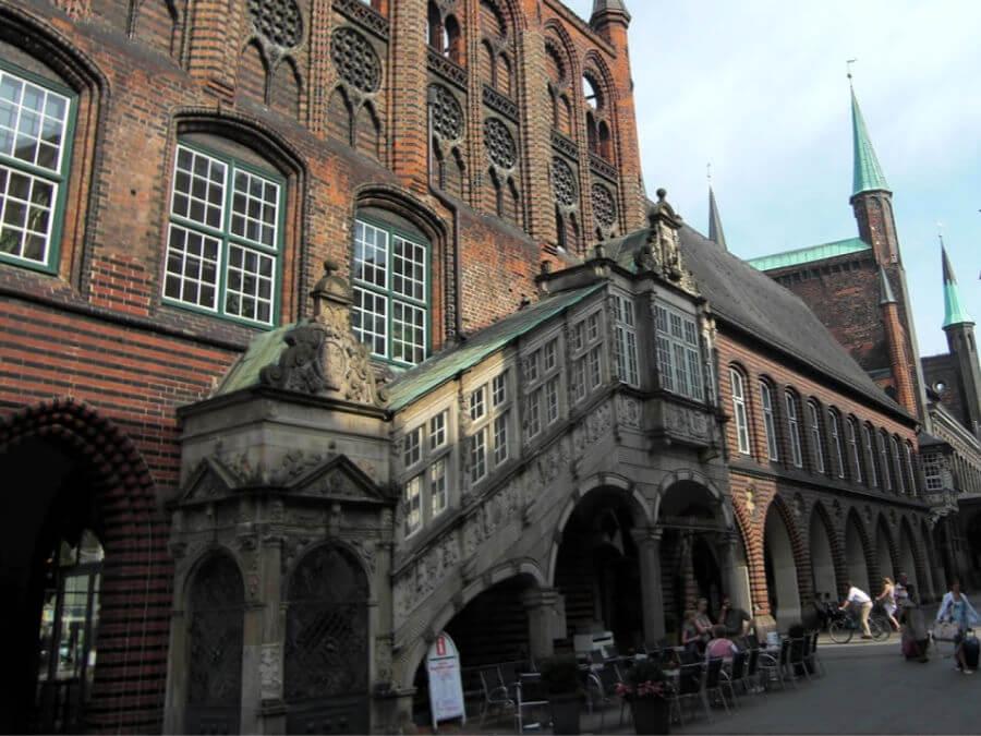 Bekijk het Rathaus van Lübeck