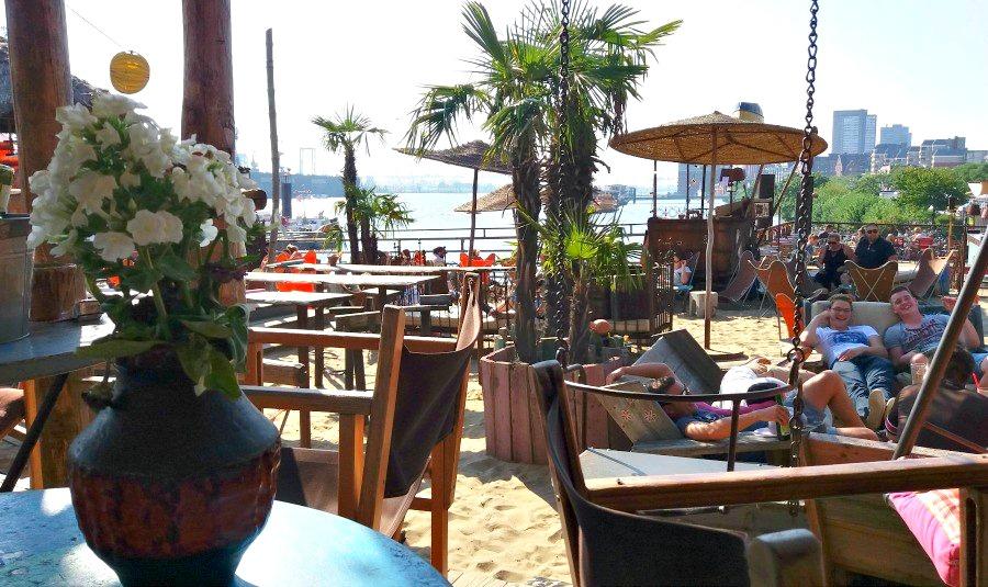 Strand Pauli: een van de redenen dat Hamburg een mooie zomerbestemming is