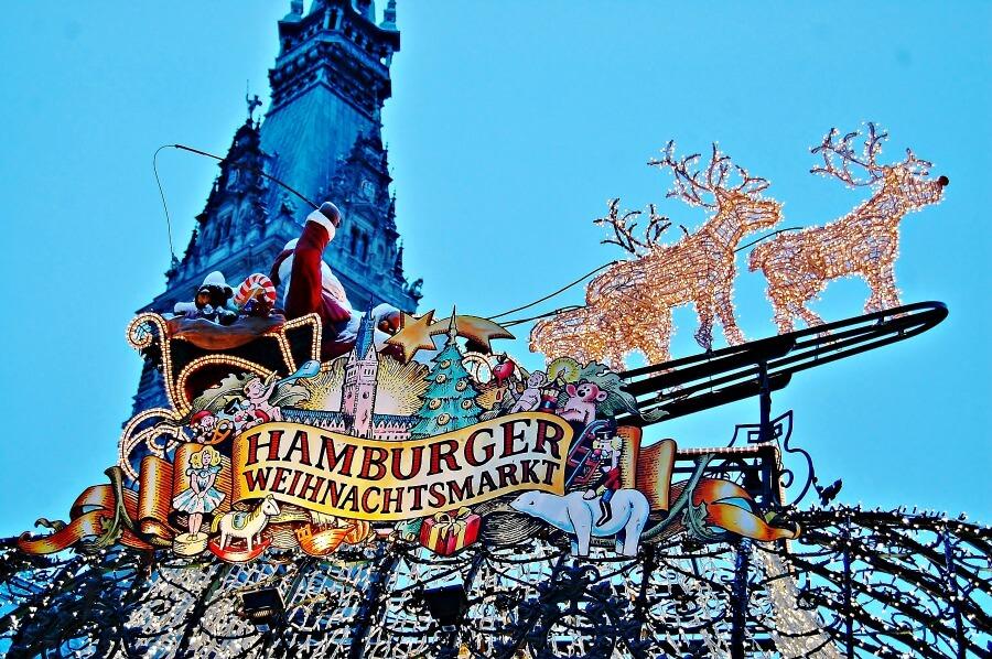 Glühweinroute door Hamburg: kerstmarkt bij het Rathaus