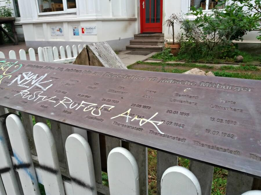 Oude judische Volksheim WohlersAllee gedenktafel