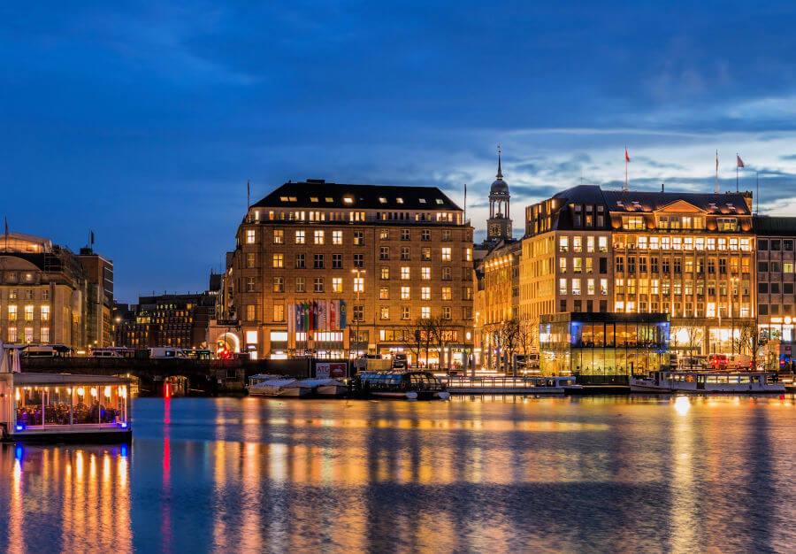 Kerstrondleidingen in Hamburg: aan de Alster