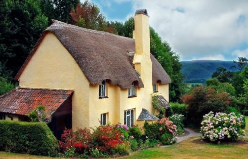 english storybook cottage7 - THE MOST BEAUTIFUL ENGLISH COTTAGES PICTURES STUNNING ENGLISH COUNTRY COTTAGES AND HOMES IMAGES