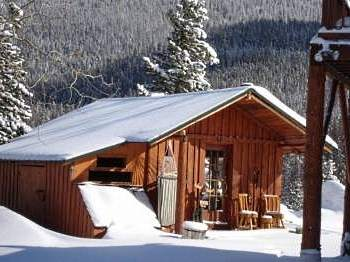 Standout Small Cabins A Smorgasbord Of Styles