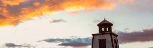 Phare et coucher de soleil
