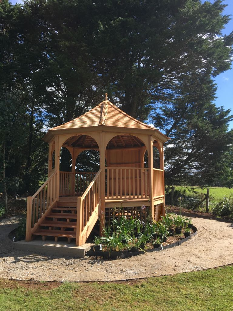 4 Metre Eight Sided Raised Cedar Gazebo Stan