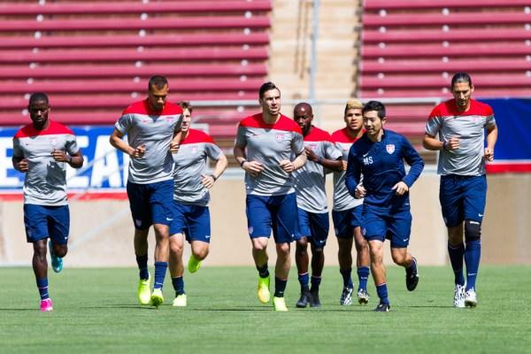 U.S. Men's National Soccer Team enjoying time on Stanford ...