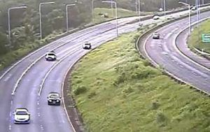 GOAKAMAI.ORG                                 Traffic on the H-3 was flowing much more freely at 7:28 a.m. today after a fallen tree in the Kaneohe-bound lanes between the tunnels was cleared.