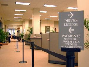 FILE PHOTO                                 Oahu drivers whose Hawaii license expires in March, April, May or June will get an automatic 90-day extension and those who are 72 and older can renew by mail, city officials announced today.