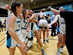 COURTESY CHRISTINA LEUNG / SPORTS SHOOTER ACADEMY                                 Hawaii Pacific players celebrate winning the PacWest championship.