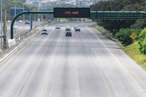 BRUCE ASATO /BASATO@STARADVERTISER.COM A section of the H1 freeway near Joint Base Pearl Harbor-Hickam on April 26.