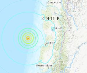 COURTESY USGS                                 A large earthquake struck today off the coast of Chile but did not cause a Pacific-wide tsunami.