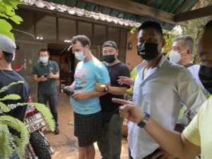 THAI PROVINCIAL POLICE REGION 5 VIA ASSOCIATED PRESS                                 Police arrested and interrogated American citizen Jason Matthew Balzer, center, Thursday in Chiang Mai province northern Thailand before charging him for intentionally murdering his pregnant wife in Nan province.