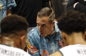 CINDY ELLEN RUSSELL / NOV. 15, 2019                                 Then-acting University of Hawaii men's basketball head coach Chris Gerlufsen talks to the Rainbow Warriors during the second half of a 2019 game against the Portland State Vikings. Gerlufsen is leaving UH to become San Francisco's associate head coach.