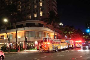 JAMM AQUINO / JAQUINO@STARADVERTISER.COM                                 Firefighters responded Friday night to reports of smoke at the Appetito Craft Pizza & Wine Bar.