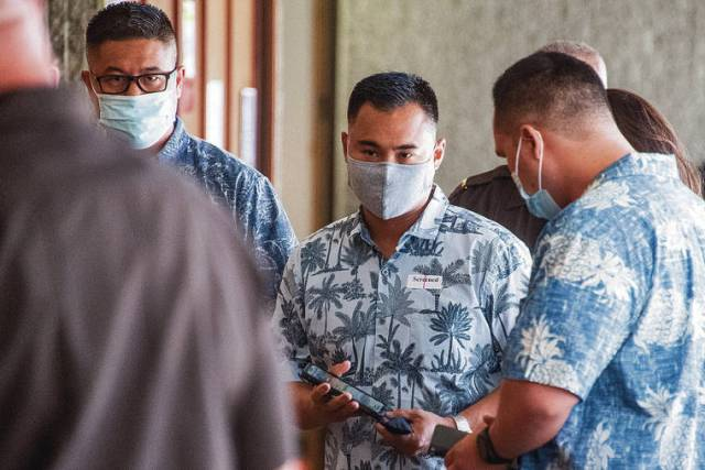 3 Honolulu police officers charged in deadly shooting appear in court