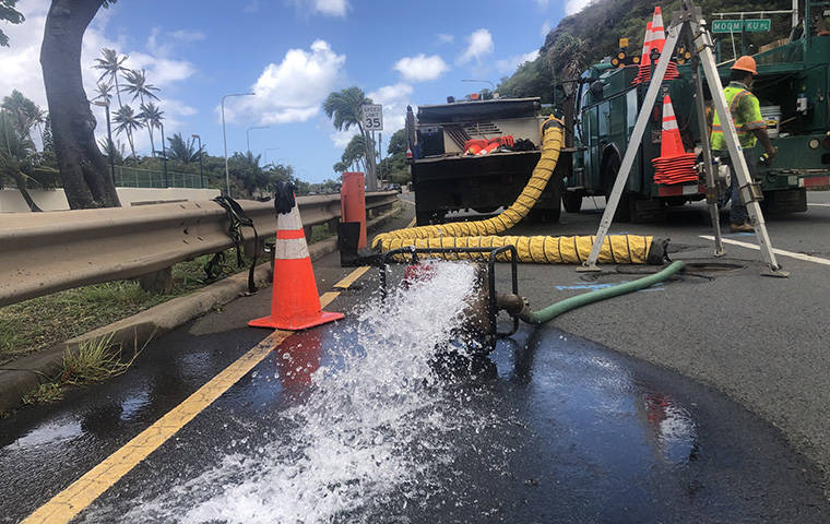 water main has updated their hours and services. Water Main Break In Hawaii Kai Cuts Service Clogs Traffic Closes Hanauma Bay And Koko Head Shooting Complex Honolulu Star Advertiser