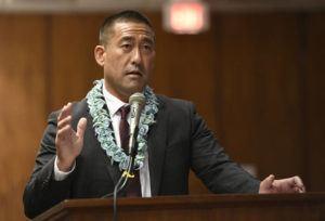 STAR-ADVERTISER / 2020                                 Kauai Mayor Derek Kawakami at a press conference.