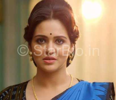 Priyanka Sarkar Height, Weight, Age, Biography, Wiki, Husband, Family