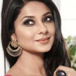 Jennifer Winget Biography, Age, Height, Wiki, Husband, Family & Biodata