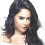 Sameera Reddy Biography, Age, Height, Wiki, Husband, Family, Profile