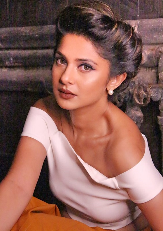 Jennifer Winget Wiki, Age, Boyfriend, Caste, Biography ...