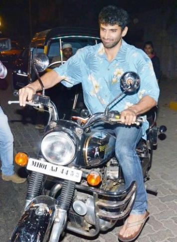 Aditya Roy Kapoor riding his bike