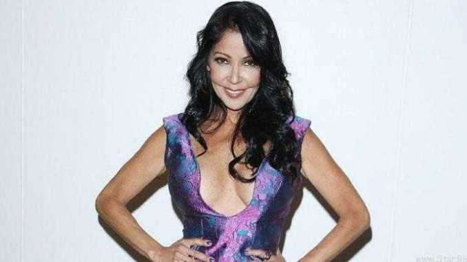 How Much Is Apollonia Kotero's Net Worth? Know About Her Bio, Wiki, Age, Height, Married, Husband