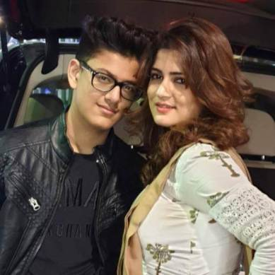 Srabanti Chatterjee With Her Son Abhimanyu