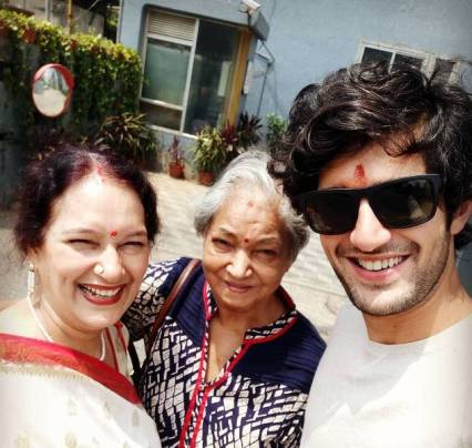 Aditya Seal With His Grandmother (In Middle) And His Mother