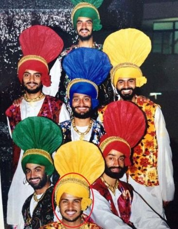 Amrinder Gill in his college's Bhangra Team