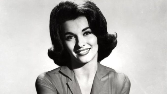 Nancy Kovac holds an estimated net worth of $300 thousand