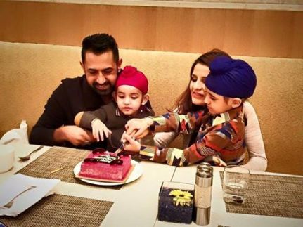 Gippy Grewal with his wife and sons