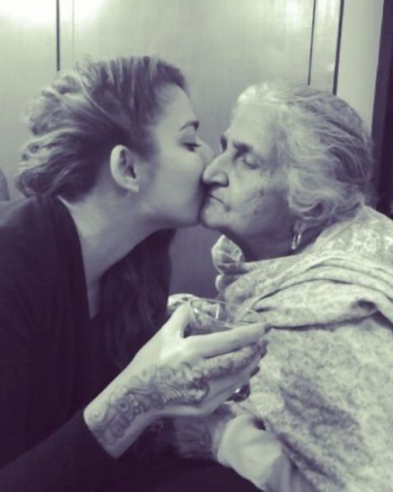 Jasmine Sandlas with her grandmother