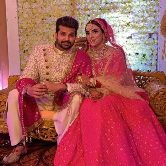Yuvraj Hans with his wife