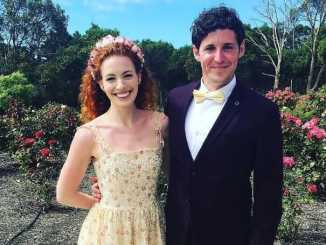 Lachlan Gillespie was the former husband of Emma Watkins.