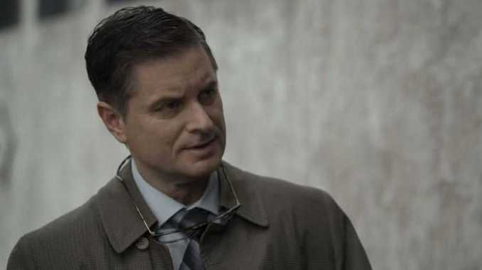 Shea Whigham has a net worth of $5 million.`