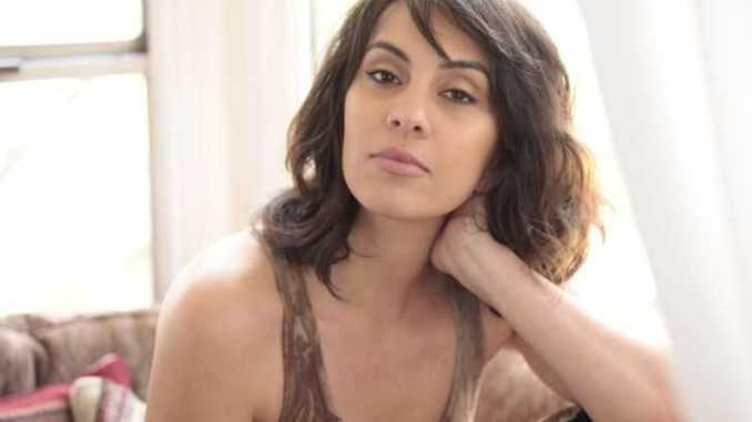 Alexandra Manea is a popular American actress and producer who garnered a net worth of $200,000.