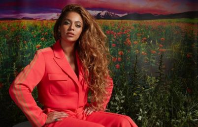 Beyonce in relaxing mode