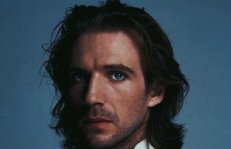 Ralph Fiennes younger look