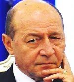Traian Băsescu joacă iar şah politic cu USL.