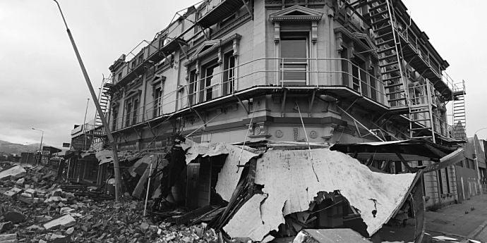 Ce imobile cad la cutremur în Bucureşti. Actualizare 2016
