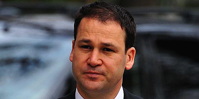 Robert Negoiţă este urmărit penal de DNA (cazul locuinţelor)
