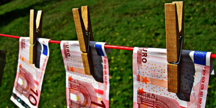 Bani pentru partid. Episodul Vasile Blaga – Pinalti