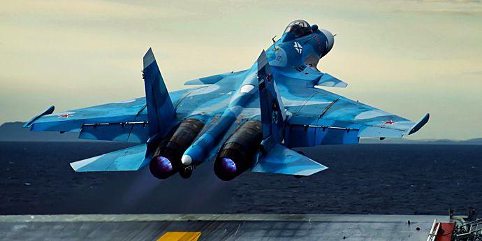Avion rusesc prăbuşit în Mediterana, ateriza pe Amiral Kuzneţov