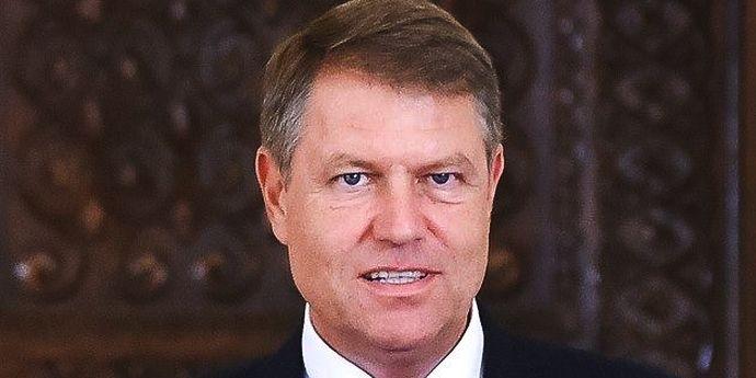 Klaus Iohannis ar amâna referendumul anticorupţie sine die