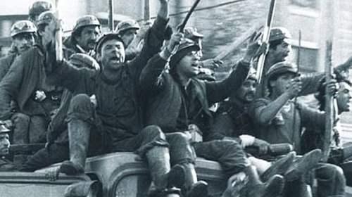 Dosarul Mineriada. Iliescu, Petre Roman, Măgureanu, trimişi în judecată