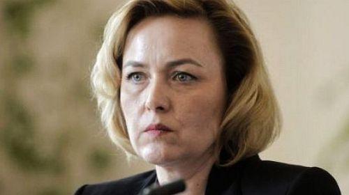 Carmen Dan ameninţă semnatarii petiţiei trimise la ONU privind 10 august