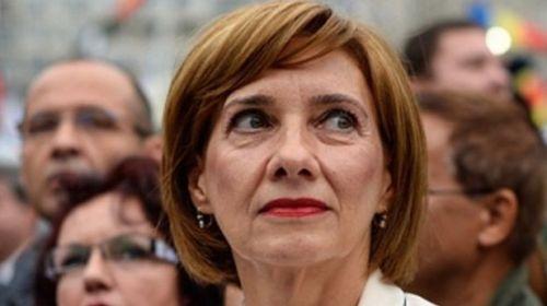 Carmen Iohannis este citată joi, la Parchet, ultima ispravă Luju.ro
