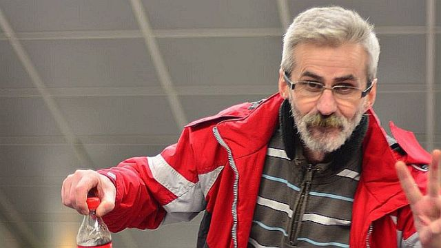 Traian Paparete, jurnalist ridicat de jandarmi la Topoloveni, a fost amendat